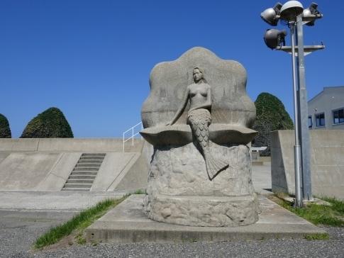三本杉岩5.jpg