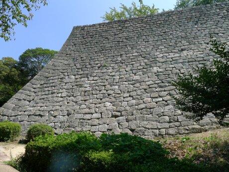 丸亀城 石垣.jpg