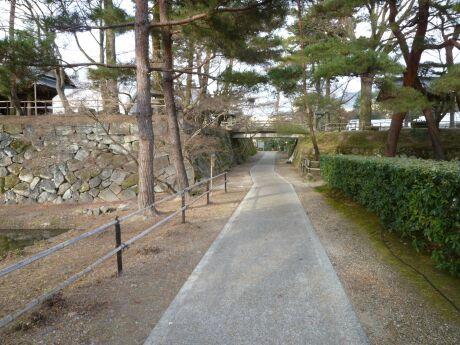 亀山城2.jpg