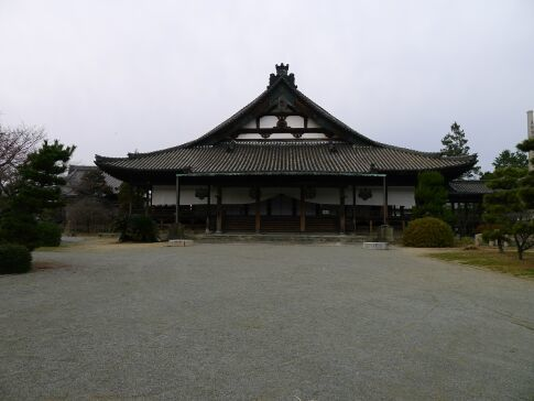 亀山本徳寺3.jpg