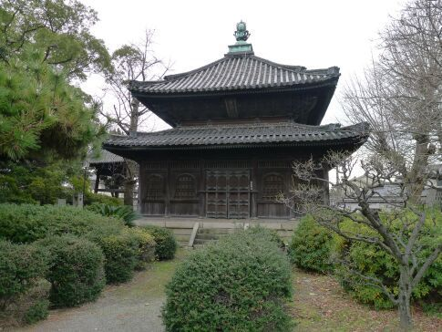 亀山本徳寺4.jpg