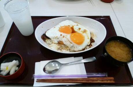 今治 焼豚卵飯.jpg