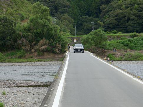 佐田の沈下橋4.jpg