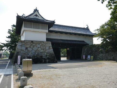 佐賀城鯱の門2.jpg
