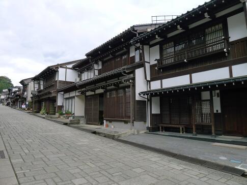 八尾 諏訪町通り4.jpg
