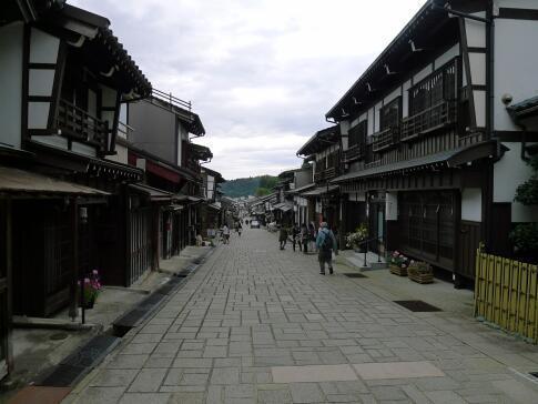 八尾 諏訪町通り5.jpg