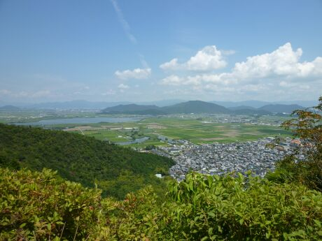八幡山城からの景色2.jpg