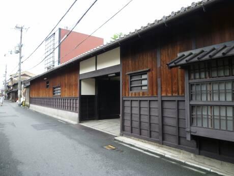 前川邸.jpg