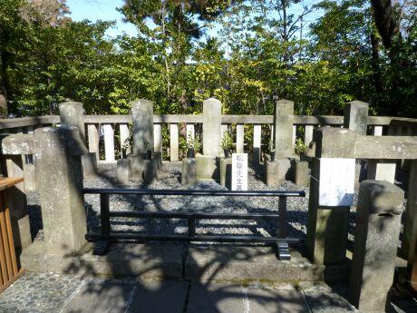吉田松陰の墓.jpg