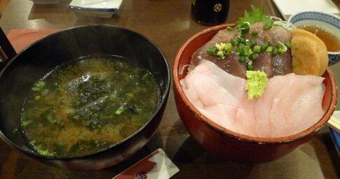 地魚3種丼.jpg