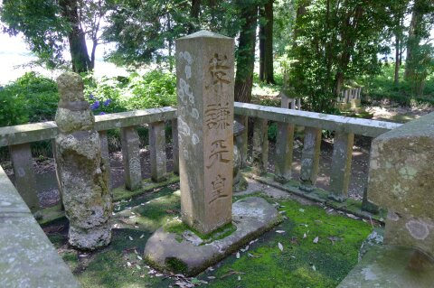 孝謙天皇神社3.jpg