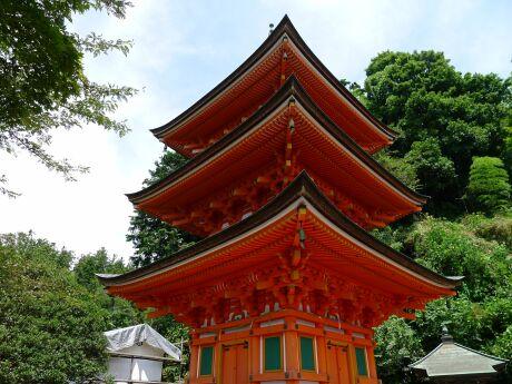 宝厳寺 三重の塔.jpg