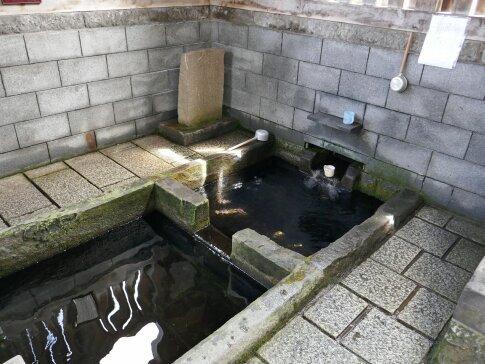 富田の清水4.jpg