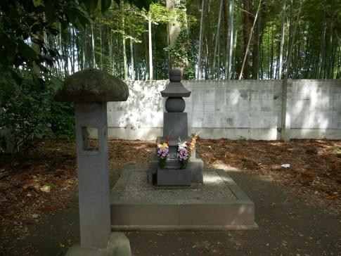 専称寺2駒姫の墓.jpg