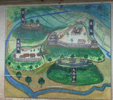 小丸山城2.jpg