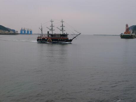 弁天島 黒船.jpg