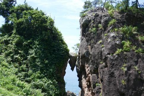 弁慶のはさみ岩2.jpg