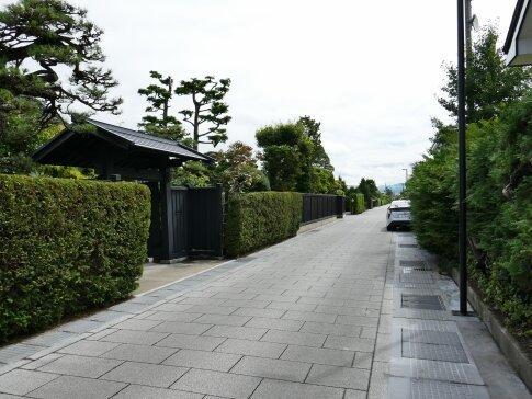弘前市仲町重要伝統的建造物群保存地区6.jpg