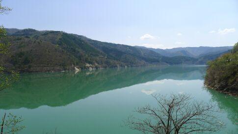 御母衣湖2.jpg
