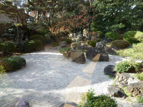 御香宮神社 石庭2.jpg
