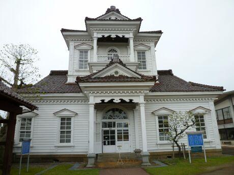 旧鶴岡警察庁舎.jpg