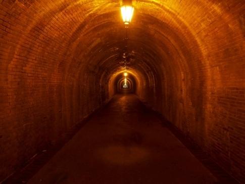 明治のトンネル3.jpg