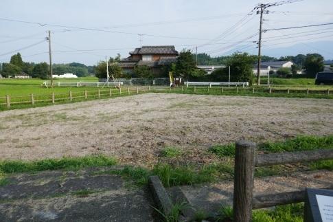 木崎原古戦場4三角田.jpg