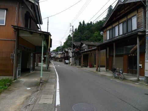 栃尾雁木の町並み2.jpg