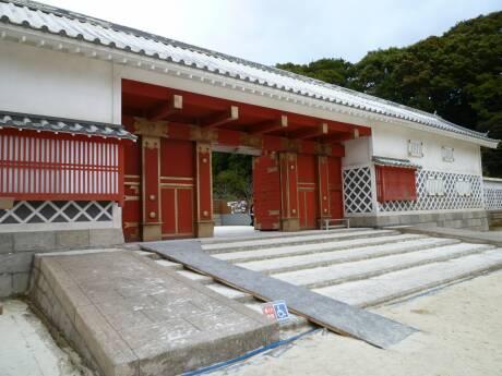 桜田門外の変オープンセット4 井伊家の門.jpg