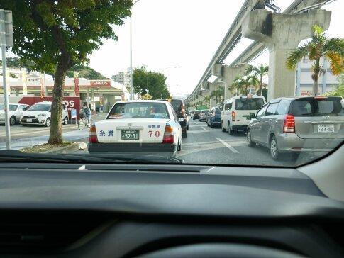 沖縄渋滞.jpg