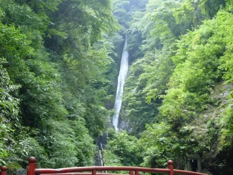 洒水の滝.jpg
