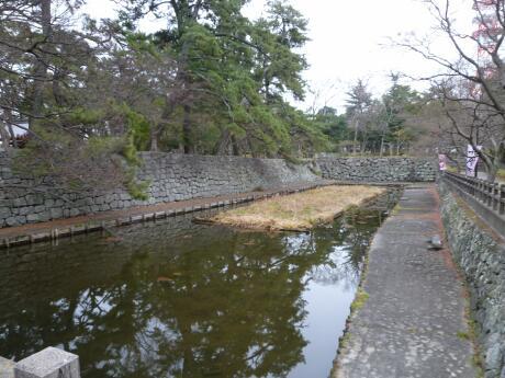 津城 石垣2.jpg
