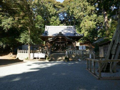 渭伊神社2.jpg