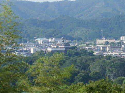 猪崎城から見た福知山城.jpg