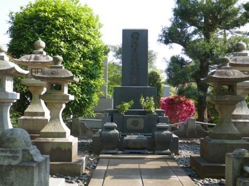 田中義一の墓.jpg