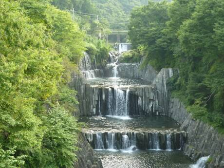 田原の滝.jpg