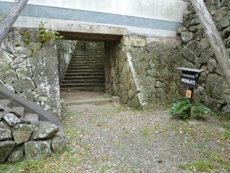 田辺城水門2.jpg