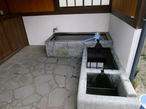 神岡の町並み 水屋.jpg