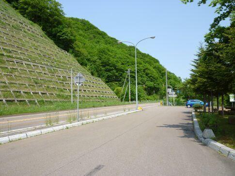 稲倉石古戦場2.jpg
