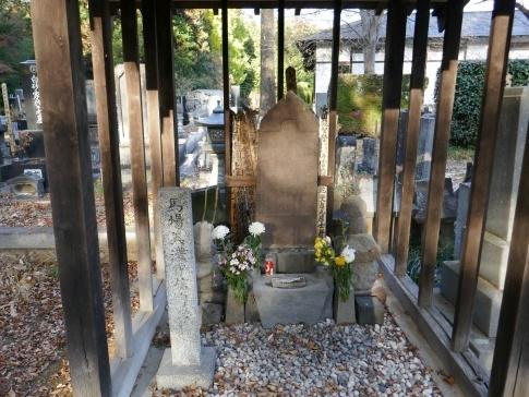 自元寺 馬場信春の墓.jpg