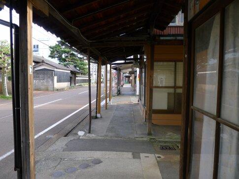 見附雁木の町並み2.jpg
