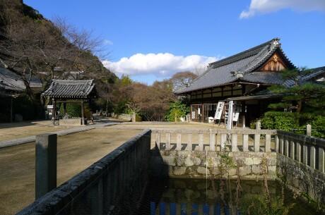 観音寺 山崎2.jpg
