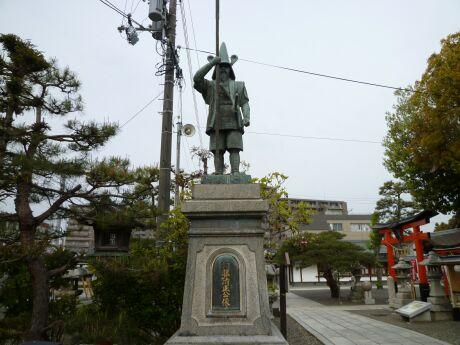 豊國神社 加藤清正像.jpg