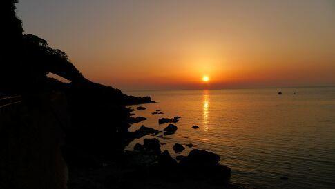 越前岬の夕陽3.jpg