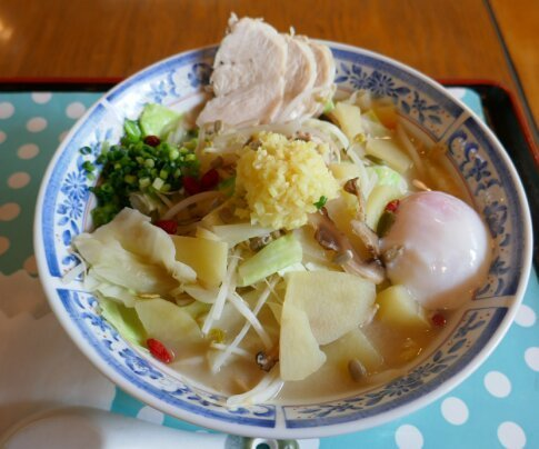 鈴田峠野鳥の森レストラン2.jpg