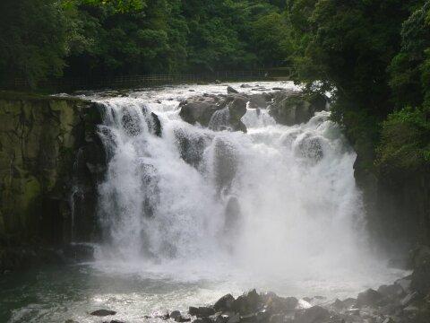 関之尾滝.jpg