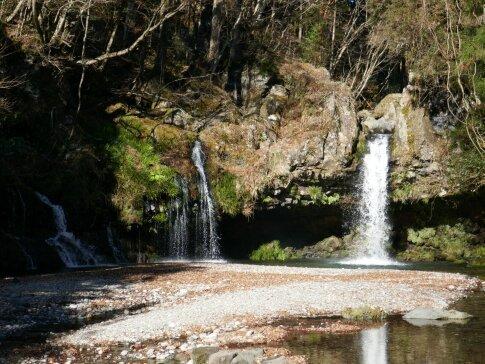 陣馬の滝4.jpg