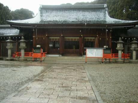 霊山護国神社2.jpg