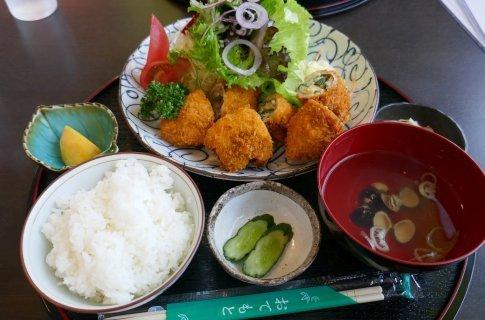 食処縁 餃子カツ定食.jpg