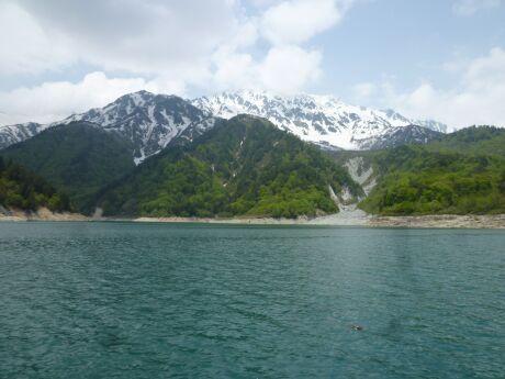 黒部湖2.jpg